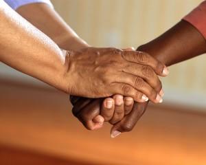 manos mediación